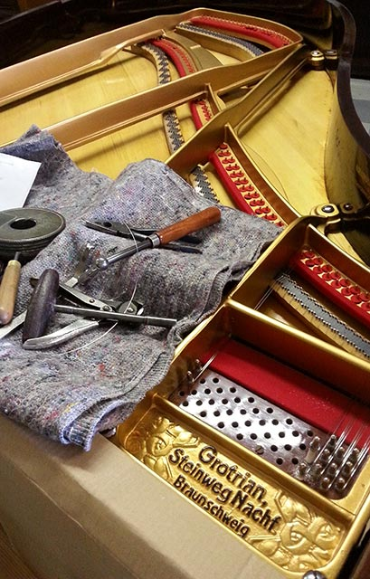 Tools for tuning a piano